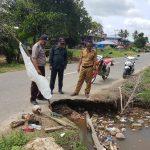 Jalan Poros Disebatik Semakin Parah, Kades Tanjung Karang Harap Pemprov Segera Meninjau