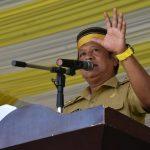 Bupati Soppeng Hadiri Sosialisasi dan penyerahan Bansos PKH KepadacWarga Kecamatan Mario Riwawo
