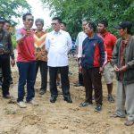 Kunlap ke Tarakan, Gubernur Tinjau Jalan dan Serahkan Bantuan Hibah