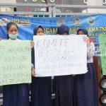 Kecewa, Para Siswa dan Orang Tua Orasi di Alun-Alun Nunukan Protes Sistem Zonasi