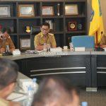 Pimpin rapat staf,Gubernur ingin matangkan persiapan HUT RI ke 74