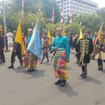 Dua Personel Kodim 1407/Bone Kawal Bendera Kerajaan Bone dan Ikut Mengawal Duplikat Bendera Pusaka juga Teks Proklamasi