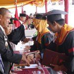Bupati Wajo hadiri Wisuda pertama Universitas Puangrimaggalatung hari ini.