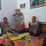 Peduli, Kapolres Sinjai Bersama Ketua Bhayangkari Kunjungi Anggotanya Yang Sakit.