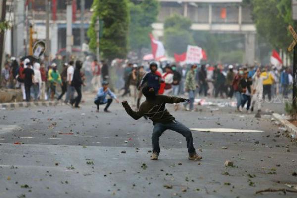Polisi Ungkap Ada 175 Preman Dalam Aksi 30 September di Gedung DPR - MPR RI