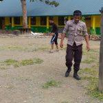 Kapolsek Pitu Riase Beserta Personil,Guru dan Siswa SMPN 3 Pitu Riase Olah Raga Bersama
