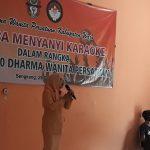 Lomba menyaynyi Karaoke digelar Dharma Wanita Persatuan Kabupaten Wajo, ini intinya.