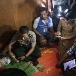 Kapolres Simalungun Kunjungi  Dan Berikan Bantuan Tali Asih Kepada Keluarga Yang Kurang Mampu