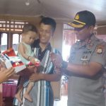 Kapolres Sinjai  kembali kunjungi Muh Agam Abdillah Balita penderita Jantung Bocor cek perkembangannya Dan berikan Bantuan