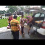 Bersinergi Dengan Petugas Kesehatan Personil Polsek Sinjai Selatan Evakuasi ODGJ
