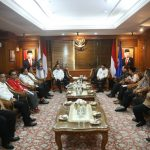 Mendagri  silahturahmi dan dengarkan Aspirasi Bersama Sekjen Partai politik Non Parlemen