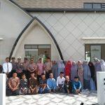 Kapolsek Watsito polres Pinrang Kunjungi Dan salurkan bantuan ke pesantren Dan panti Asuhan
