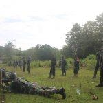 Asah kemampuan tempur prajuritnya Koramil 1407-07/ Tanete Riattang , Berikan Latihan menembak Senjata Ringan