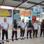 "Brimob C pelopor Patroli Sambangi Lapas kelas IIA  watampone,beri Himbauan ""phsycal Distancing"" Cegah Covid-19"