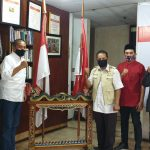 Dr Alimahsun Atmo M Biomed menitip salam ke pemilik Alfa group Djoko Susanto melalui Sesama mantan Warung kelontong