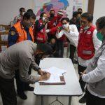 Kapolda Sulsel Apresiasi Bantuan APD dari PT bintang dan 1000 paket sembako dari donasi konsumen Alfamidi