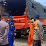 SAR gabungan Yon C Pelopor dan Basarnas Bone lakukan pencarian korban Kapal Motor Cahaya 77  yang jatuh dikawasan limpoge pulau sembilan