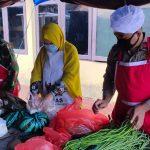 Kekompakan BAZNAS Kab. Bone Bersama Koki Brimob Yon C Pelopor Dan Kodim 1407 Bone  Dalam Mengolah Masakan Di Dapur Lapangan TNI POLRI