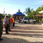TNI POLRI Sebatik Barat Lakukan Penegakan Disiplin Kesehatan Di Pasar Liang Bunyu