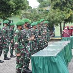 *Para Pejabat Dandim Dan Calon Dandim Melaksanakan Gladi Bersih Di Lapangan Apel Makorem 141/Tp*