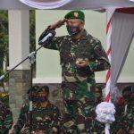 *Danrem Brigjen TNI Djashar Djamil Serah terima kan 8 Dandim jajaran Korem 141/ Toddopuli , Letkol inf Mustamin di tarik ke Mabes TNI AD*