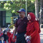 Danrem 141/Tp didampingi Ketua Persit KCK Koorcab Rem141 PD XIV/Hasanuddin Senam dan Oraum Bersama Ibu Persit