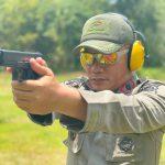 Komandan Tindizz pimpin Anggota Asah kemampuan dalam latihan Menembak