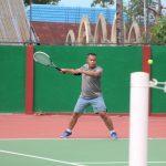 Ternyata Selain Hebat di gowes Komandan Tindizz Juga jago Main tennis