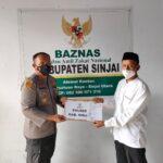 Kapolres Sinjai AKBP Iwan Irmawan S.Ik Serahkan Zakat Fitrah dan Zakat Profesi Personel Polres Sinjai Dibaznas