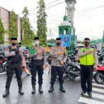 Jaga Prokes Covid-19,Kapolres Sinjai Pantau Langsung Pengamanan Sholat Idul Fitri 1442 H / 2021