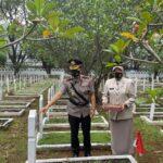Hari Bhayangkara ke-75, Polda Sulsel Gelar Upacara Ziarah di TMP Panaikang kota Makassar
