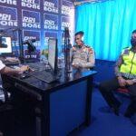 Kasat Lantas Polres Bone lewat Radio Himbau Masyarakat Patuhi Protkes Dan Keselamatan Berlalu Lintas