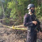 Brimob Bone Amankan lokasi penemuan Bom Craft (sejenis Bom pesawat) di tambak  warga Sibulue