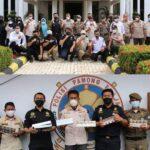 Bersama Satpol-PP  ,Bea Cukai Makassar Amankan 1057 bungkus Rokok ilegal saat gempur Toko di Bone